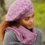 женский вязаный берет и шарф воротник спицами