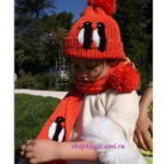 детская вязаная шапка и шарфик с пингвинами