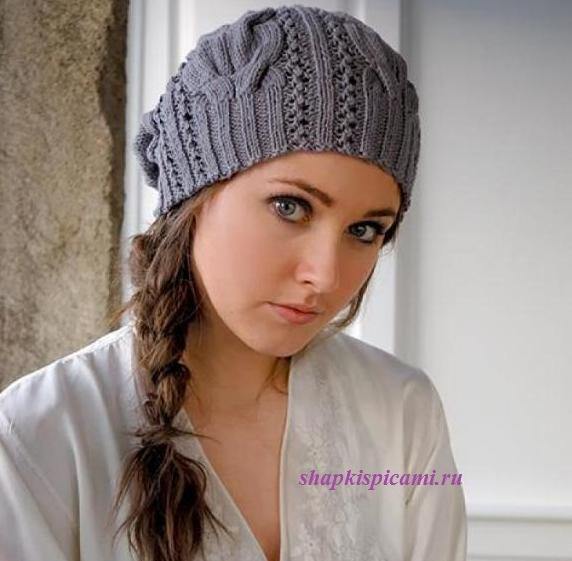 красивая вязаная шапка спицами с широкими косами