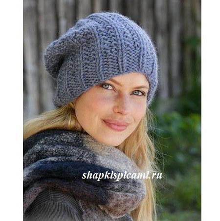 женская вязаная шапка из толстой пряжи спицами